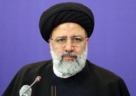 حجت الاسلام والمسلین رئیسی وارد تالار بورس شد