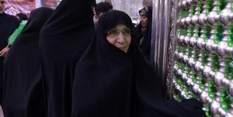 دختر امام خمینی(ره) آراء خود را به صندوق انداخت